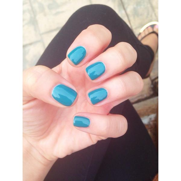 "Current mani: Gelish ""Garden Teal Party"""