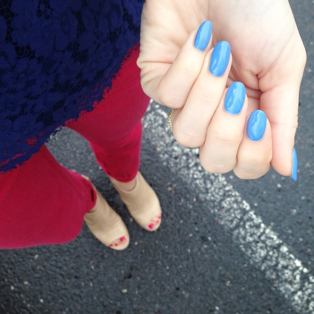 Weekend mani! Blue Forever 21 polish - no name though :(