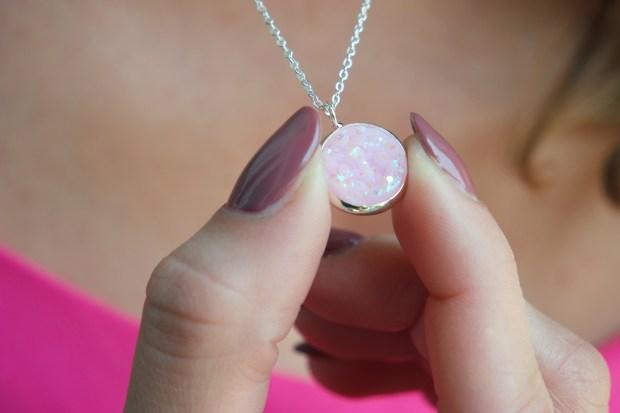 the shinn life necklace2
