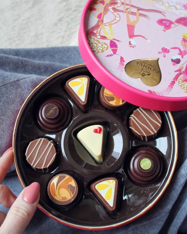 godiva valentines day chocolate 2017
