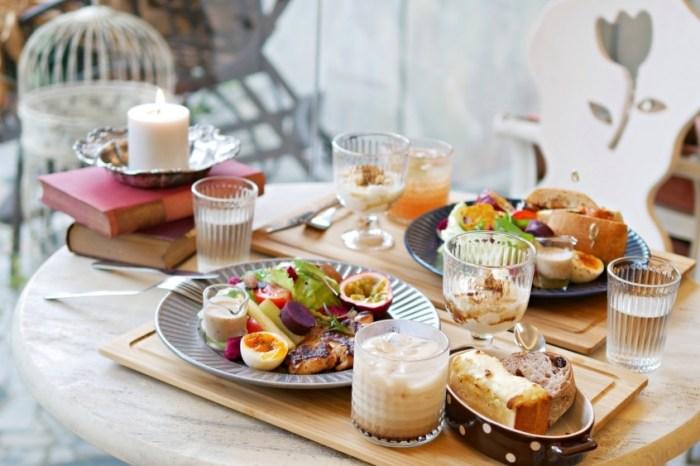 台南早午餐『時淬』古董選物與繽紛餐食的浪漫結合,實現妳的公主夢!台南美食|台南下午茶