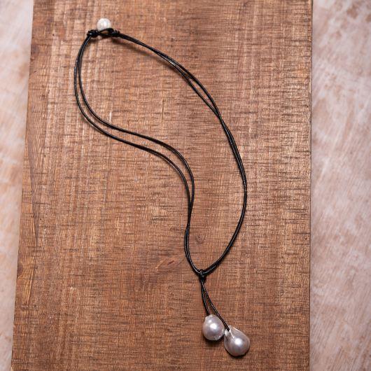 Baroque Pearl Drop Leather Necklace - Black