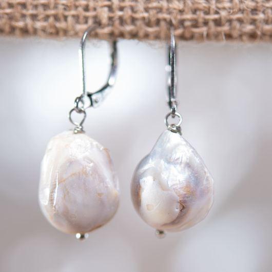 Baroque Pearl Drop Earrings - WHITE