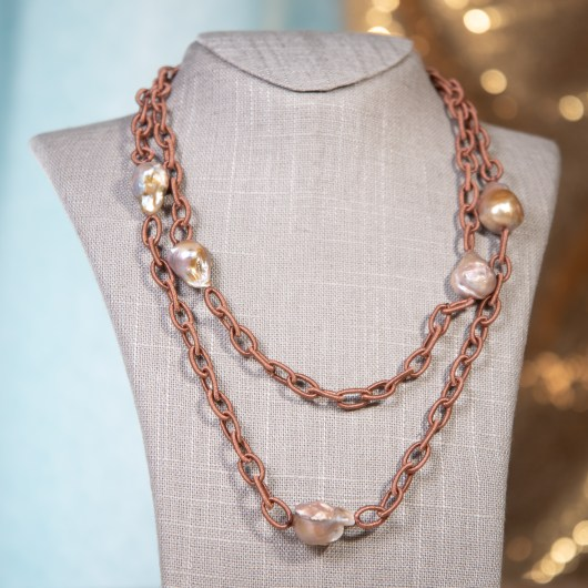 Wrapped Chain Baroque Pearl Necklace - Natural Lavender