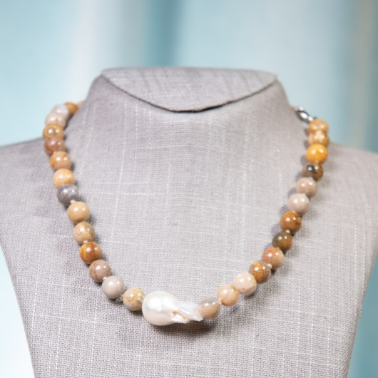 Baroque Pearl & Agate Necklace - Naturals