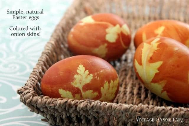 How to color Easter eggs - with onion skins!