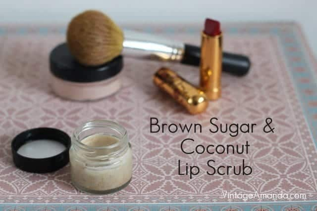 Super Simple Homemade Lip Scrub Recipe