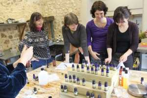Teaching my natural beauty product workshop!