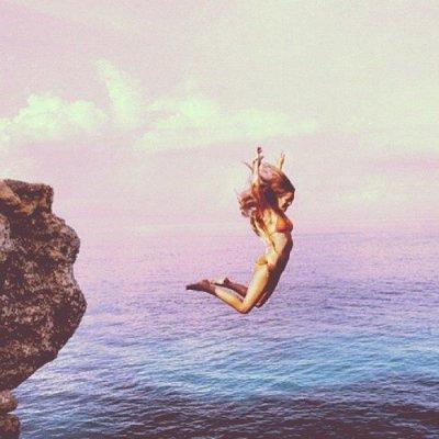 amanda frances girl jumping into water