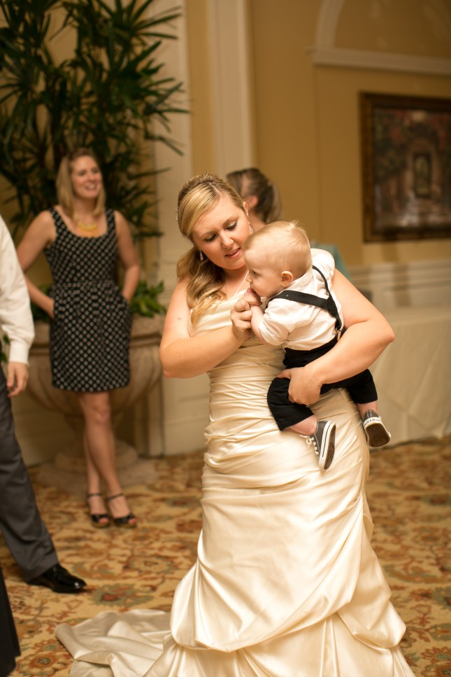 beth-evan-chamberlain-hotel-purple-wedding-614