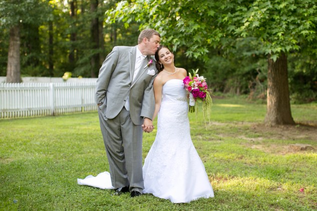 eric-margie-apple-blossom-plantation-pink-blue-lime-wedding-591