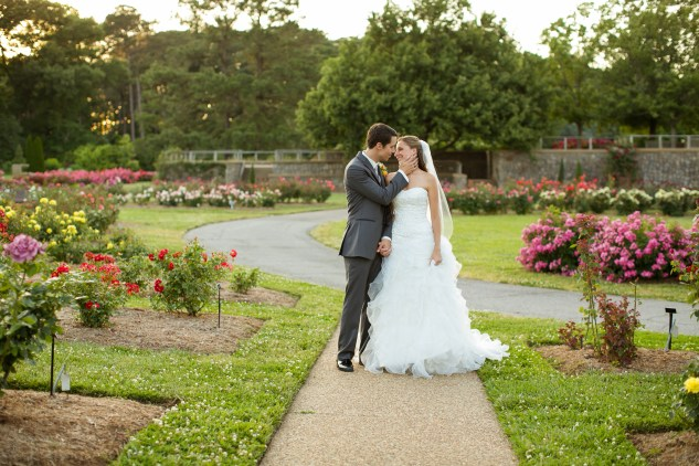 megan-tyler-teal-norfolk-botanical-gardens-wedding-531