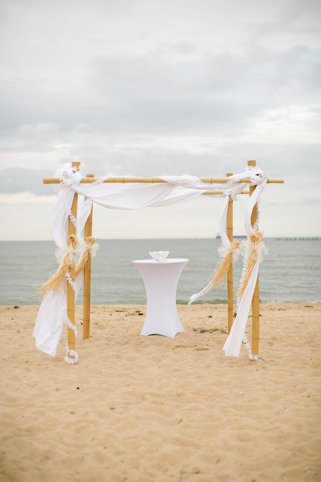pink-green-virginia-beach-oceanfront-wedding-photo-37