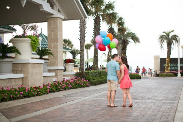 jessica-gary-virginia-beach-oceanfront-engagements-134
