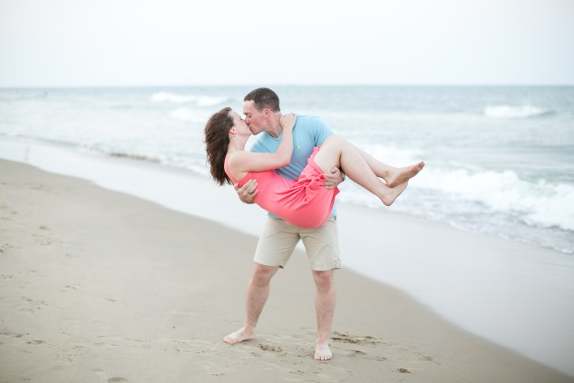 jessica-gary-virginia-beach-oceanfront-engagements-149