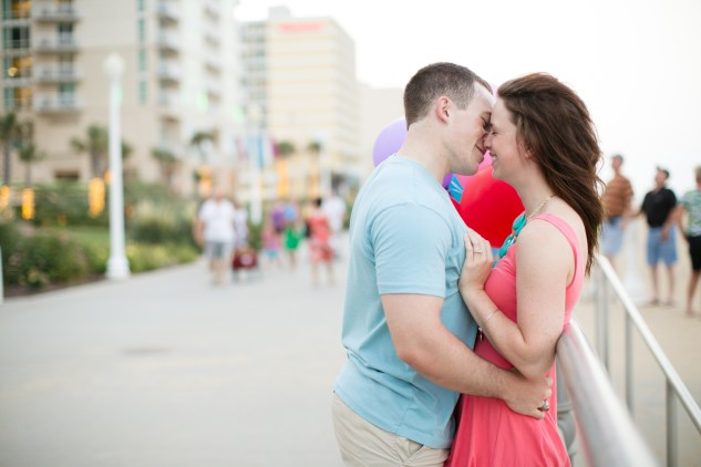 jessica-gary-virginia-beach-oceanfront-engagements-168