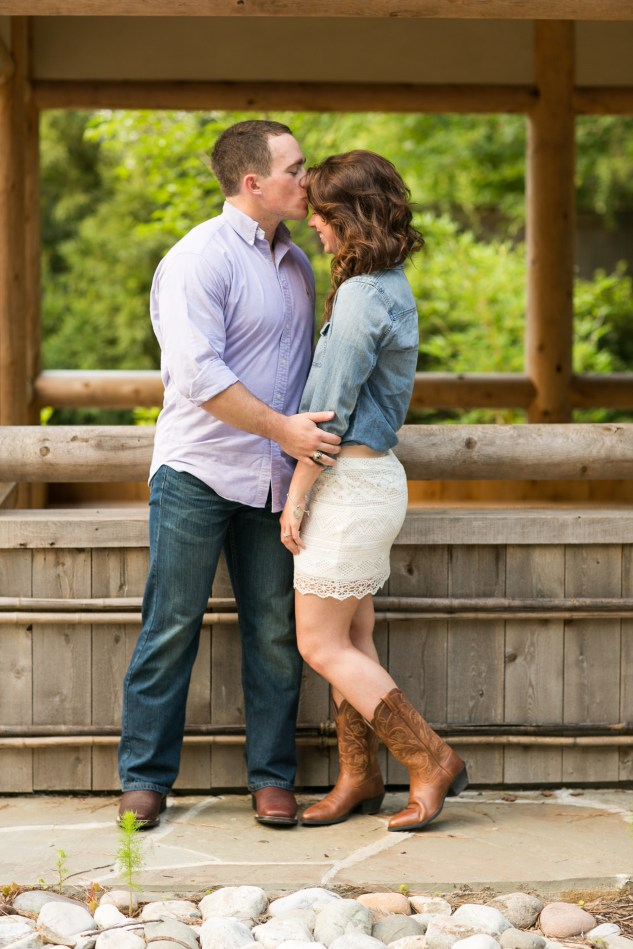jessica-gary-virginia-beach-oceanfront-engagements-93