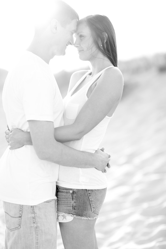 pink-blue-beach-engagement-photo-4