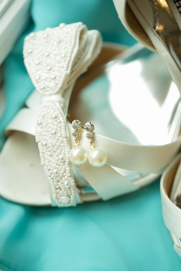 teal-coral-southampton-county-wedding-photographer-10