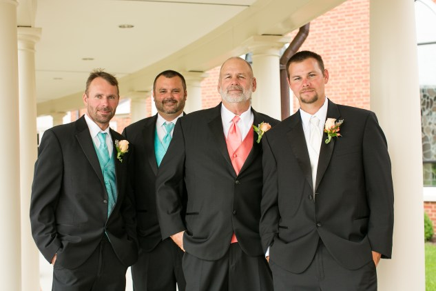 teal-coral-southampton-county-wedding-photographer-12
