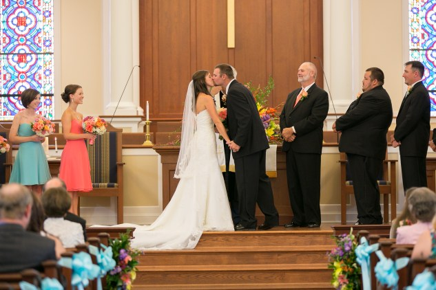 teal-coral-southampton-county-wedding-photographer-42