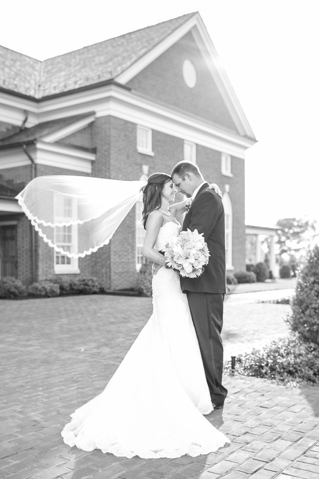 teal-coral-southampton-county-wedding-photographer-63