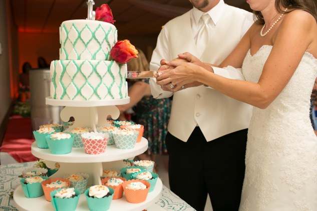teal-coral-southampton-county-wedding-photographer-80