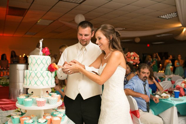 teal-coral-southampton-county-wedding-photographer-81