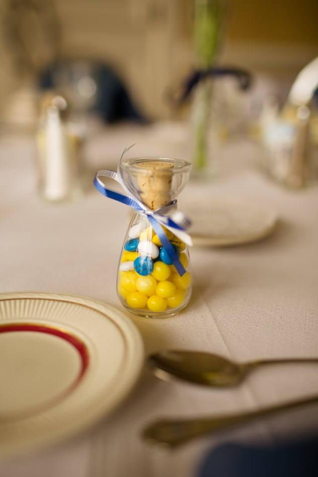 navy-yellow-yacht-club-wedding-norfolk-2
