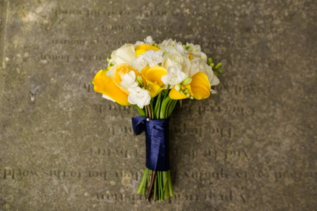 navy-yellow-yacht-club-wedding-norfolk-29