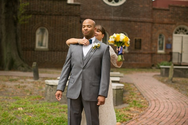 navy-yellow-yacht-club-wedding-norfolk-39