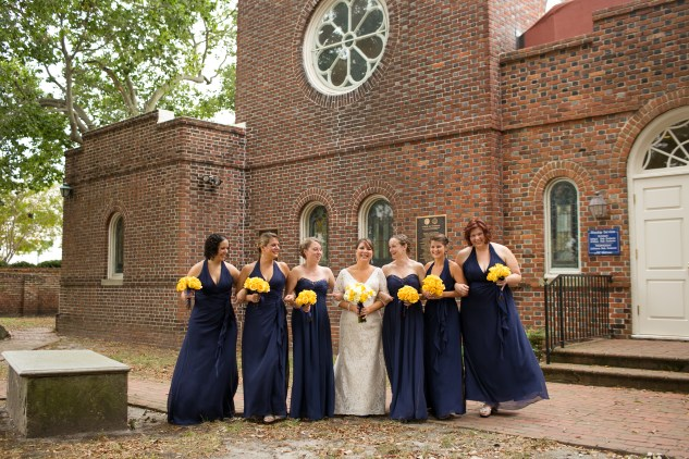 navy-yellow-yacht-club-wedding-norfolk-59