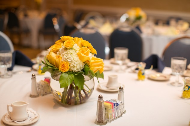 navy-yellow-yacht-club-wedding-norfolk-79