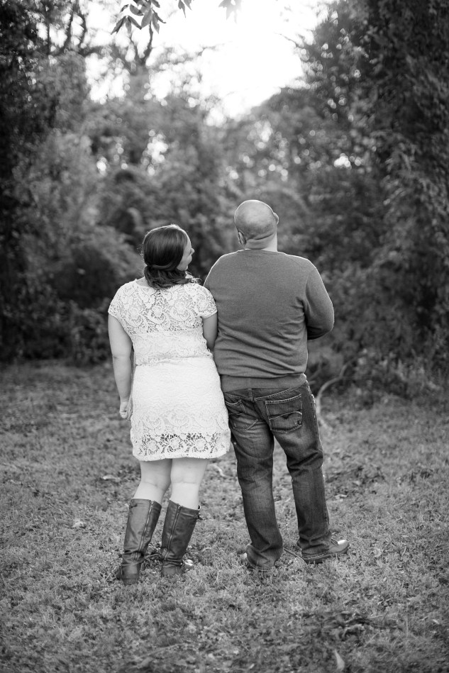 smithfield-southern-rustic-engagements-22