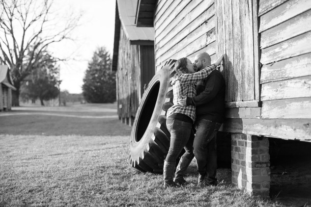smithfield-southern-rustic-engagements-49