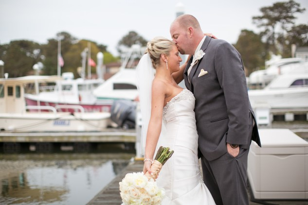 pink-aqua-virginia-beach-yacht-club-marina-shores-wedding-photographer-613