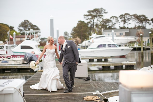 pink-aqua-virginia-beach-yacht-club-marina-shores-wedding-photographer-617