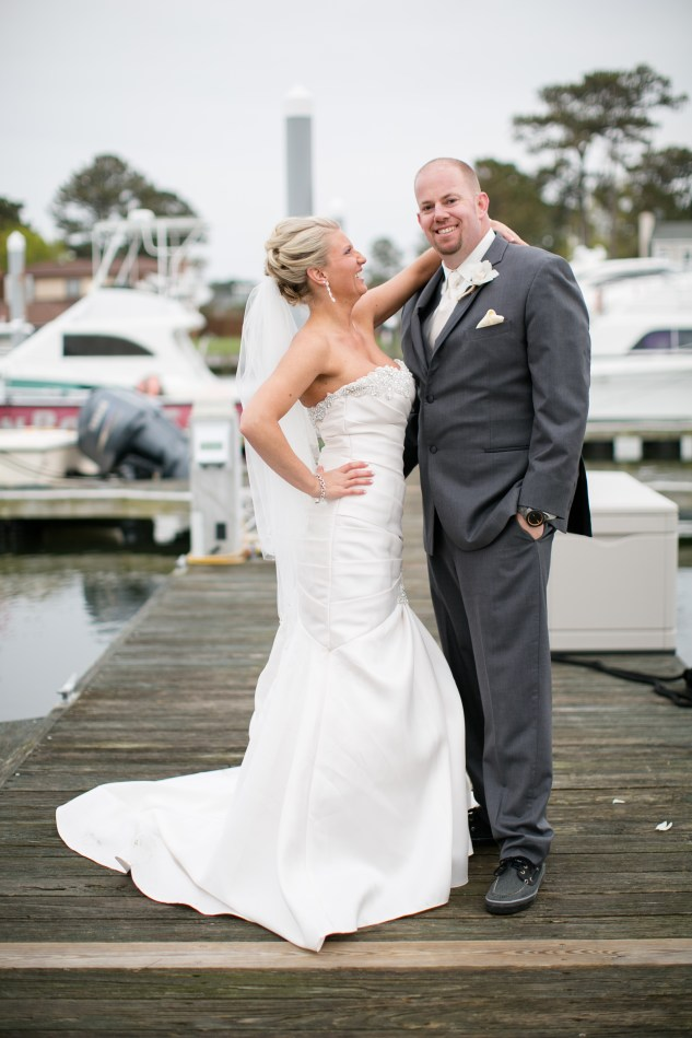 pink-aqua-virginia-beach-yacht-club-marina-shores-wedding-photographer-624