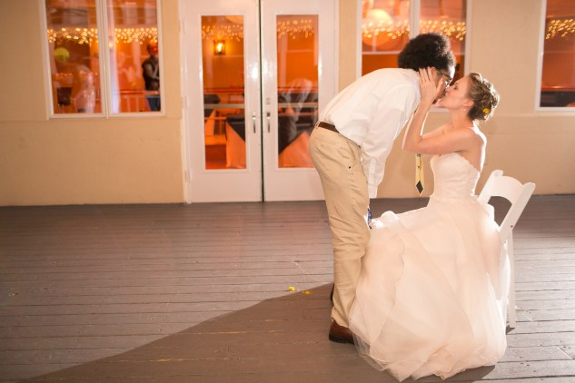 yellow-red-coastal-lesner-inn-wedding-virginia-beach-155