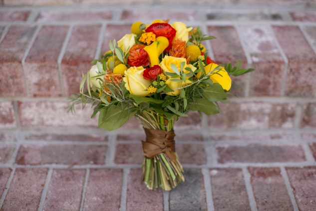 yellow-red-coastal-lesner-inn-wedding-virginia-beach-46
