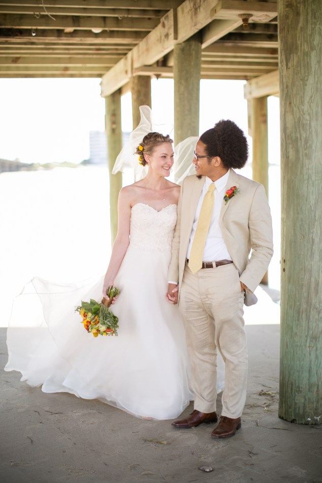 yellow-red-coastal-lesner-inn-wedding-virginia-beach-78