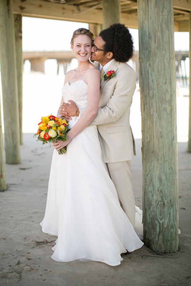 yellow-red-coastal-lesner-inn-wedding-virginia-beach-84
