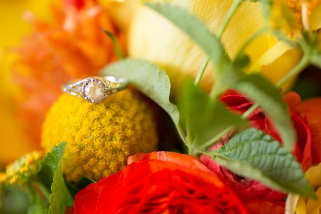 yellow-red-coastal-lesner-inn-wedding-virginia-beach-9