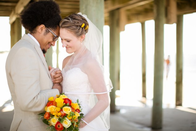 yellow-red-coastal-lesner-inn-wedding-virginia-beach-91