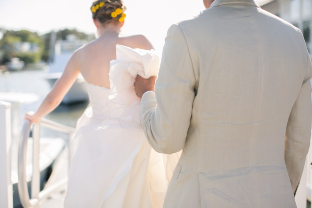 yellow-red-coastal-lesner-inn-wedding-virginia-beach-95