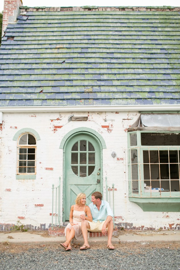 cape-charles-aqua-wedding-engagement-photo-6