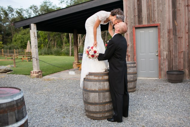 winery-bull-run-wedding-red-grey-photo-107