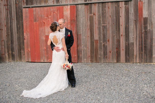 winery-bull-run-wedding-red-grey-photo-117