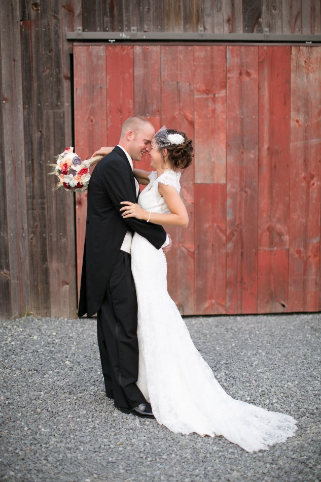 winery-bull-run-wedding-red-grey-photo-124