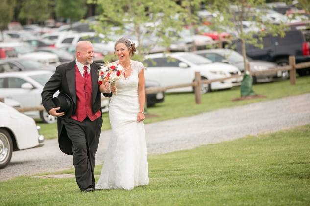 winery-bull-run-wedding-red-grey-photo-74
